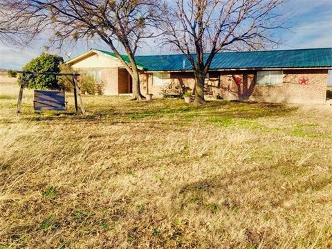 Photo of 2101 County Road 260, Gustine, TX 76455