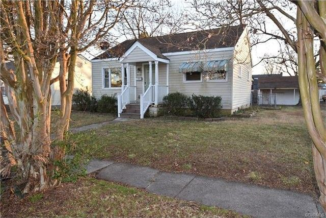 318 Ivey Ave Colonial Heights, VA 23834