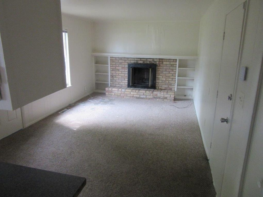 3245 Milford Rd Indianapolis In 46235 Realtor