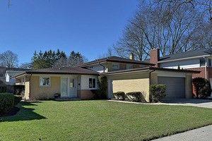 2733 Birchwood Ave, Wilmette, IL 60091