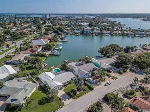 Waterfront Homes for Sale in Saint Petersburg, FL - realtor com®