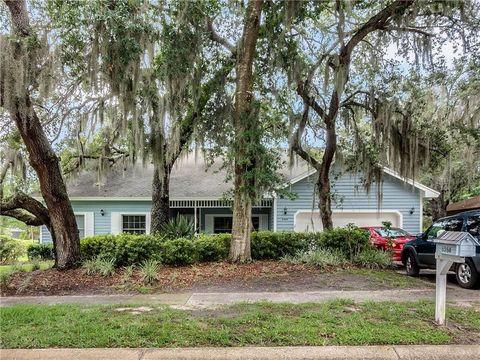 Photo of 8554 Amber Oak Dr, Orlando, FL 32817