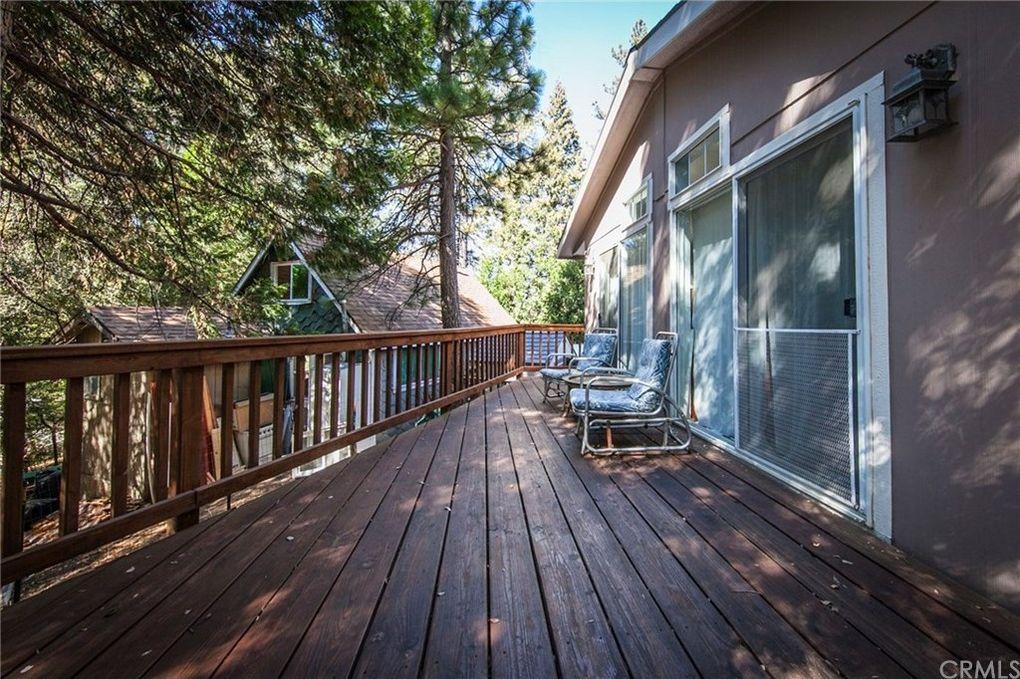 551 Woodsey Rd, Crestline, CA 92325