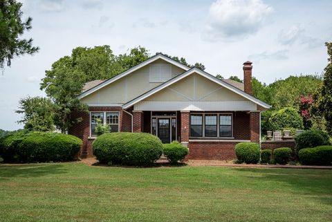 5655 Old Highway 20, Leighton, AL 35646