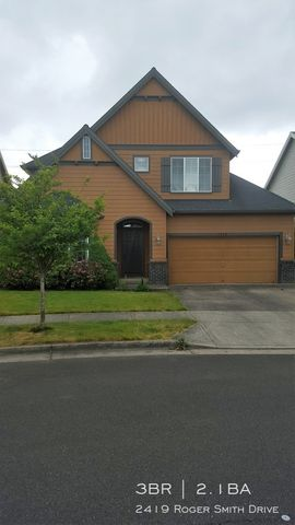 Photo of 2419 Roger Smith Dr, Newberg, OR 97132