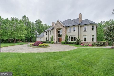 11618 Highland Farm Rd, Potomac, MD 20854