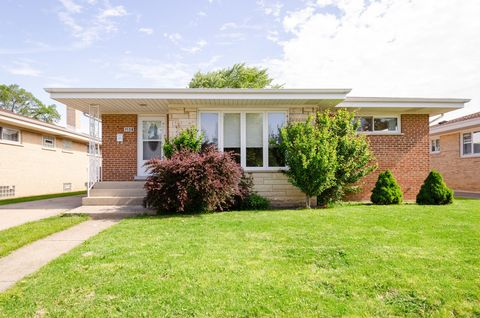 Photo of 7126 W Wright Ter, Niles, IL 60714