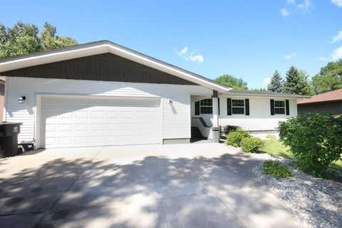 4006 cottonwood st grand forks nd 58201 home for sale for 2664 terrace drive