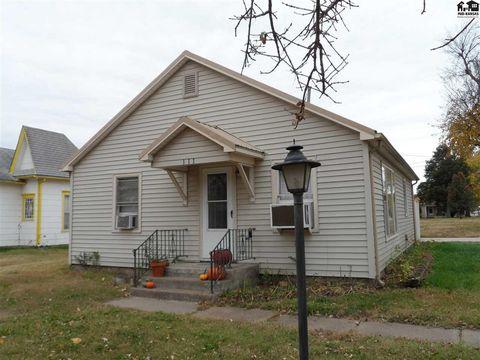 Photo of 111 N Walton St, Marquette, KS 67464