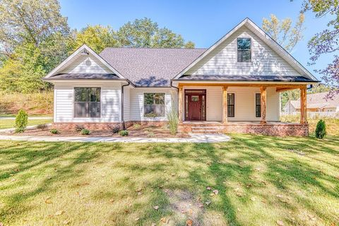 Photo of 602 Windover Rd, Florence, AL 35630