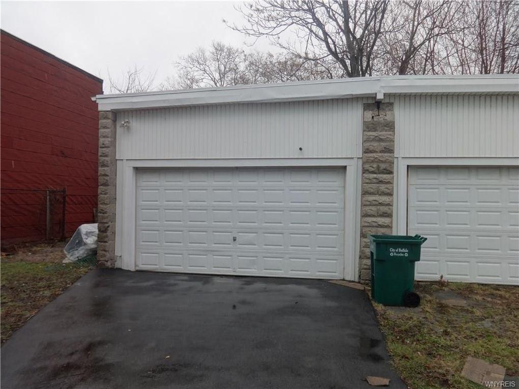247 Adams St, Buffalo, NY 14206