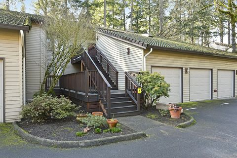 14956 Sw 109th Ave, Tigard, OR 97224