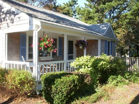 Remarkable 21 Santucket Rd Dennis Ma 02670 Beutiful Home Inspiration Ommitmahrainfo