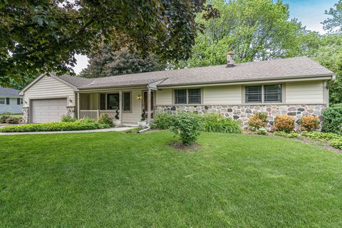 Photo of 13040 W Center St, Brookfield, WI 53005