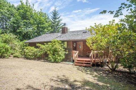 Tidewater, OR Real Estate - Tidewater Homes for Sale - realtor com®