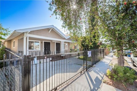 Photo of 526 W 54th St, Los Angeles, CA 90037