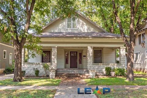 Photo of 1810 5th Ave, Fort Worth, TX 76110