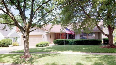 351 Rolfe Rd, Dekalb, IL 60115