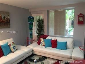 Photo of 421 Meridian Ave Apt 2, Miami Beach, FL 33139