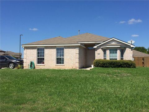 Photo of 1411 Colton Ln, Lockhart, TX 78644