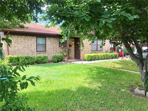 Photo of 111 E Williams St, Eastland, TX 76448