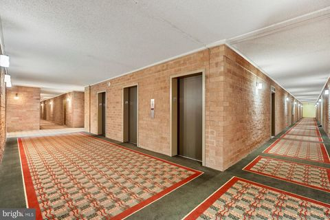 Photo of 3101 S Manchester St Apt 820, Falls Church, VA 22044