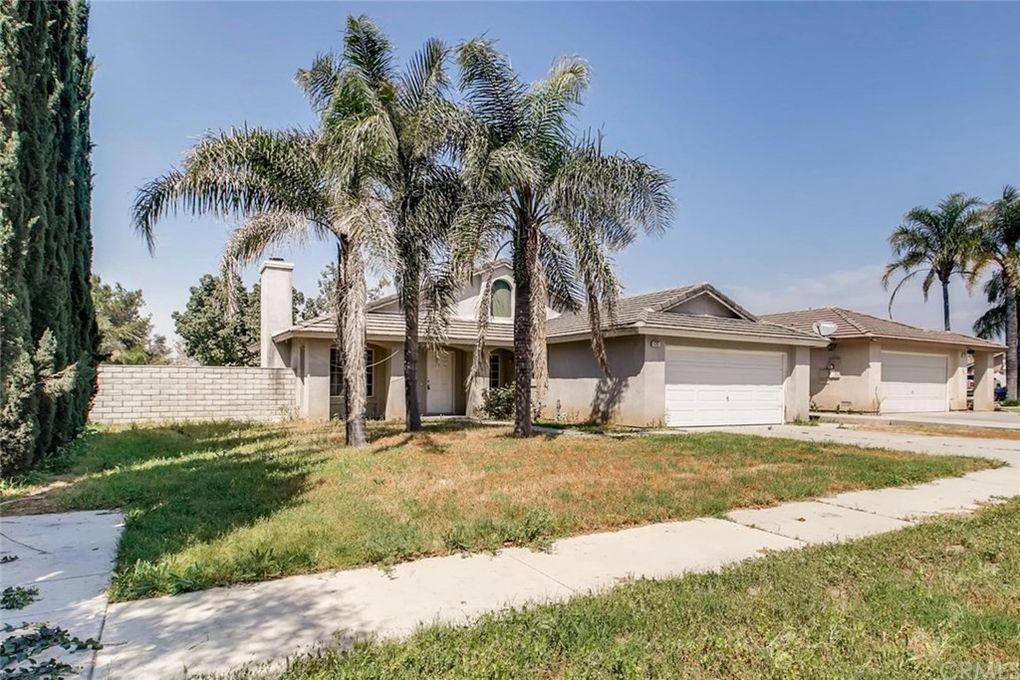 9392 Whitewood Ct, Fontana, CA 92335