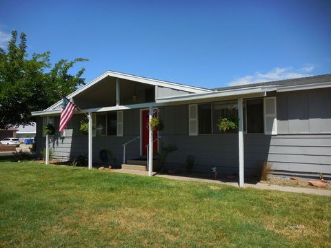 Photo of 2 10th Ave, Page, AZ 86040