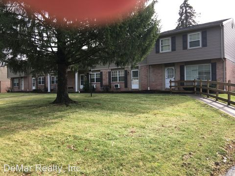 Photo of 4175 New Rd, Austintown, OH 44515