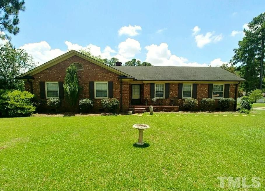 1005 Westhaven St Dunn, NC 28334