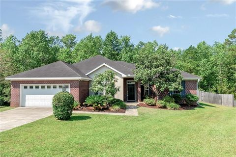 7345 Glenmoor Ct, Mobile, AL 36695