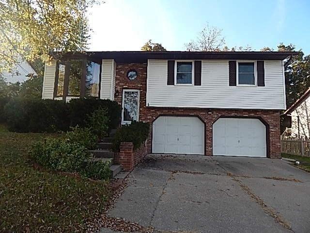 5509 scherr dr jefferson city mo 65109 home for sale for Hardwood floors jefferson city mo