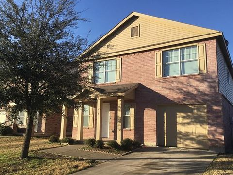 Photo of 216 Turning Tree Rd, Wilmer, TX 75172
