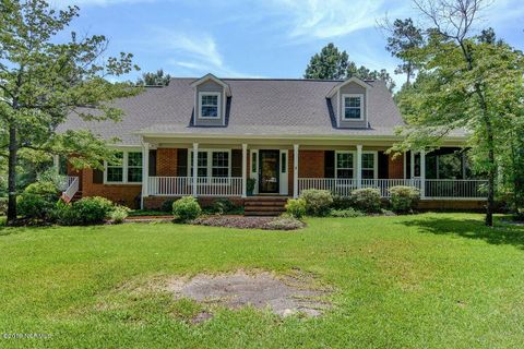 Peachy Waterfront Homes For Sale In Wilmington Nc Realtor Com Home Interior And Landscaping Analalmasignezvosmurscom