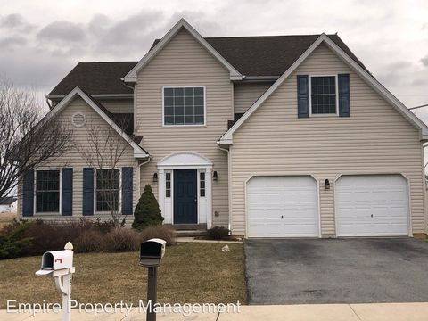 Photo of 1519 Needles Ln, Breinigsville, PA 18031