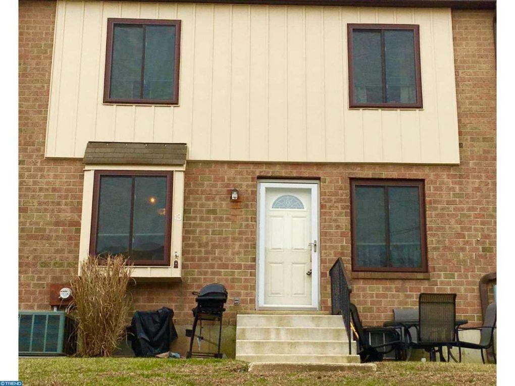 5200 Hilltop Dr Apt Bb13, Brookhaven, PA 19015