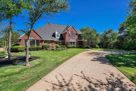 Photo of 1107 Royal Adelade Dr, College Station, TX 77845