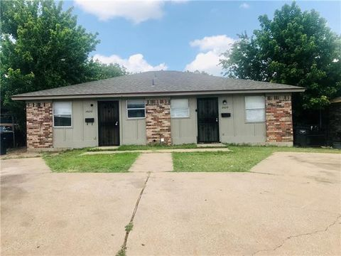 Photo of 5420 Humbert Ave, Fort Worth, TX 76107