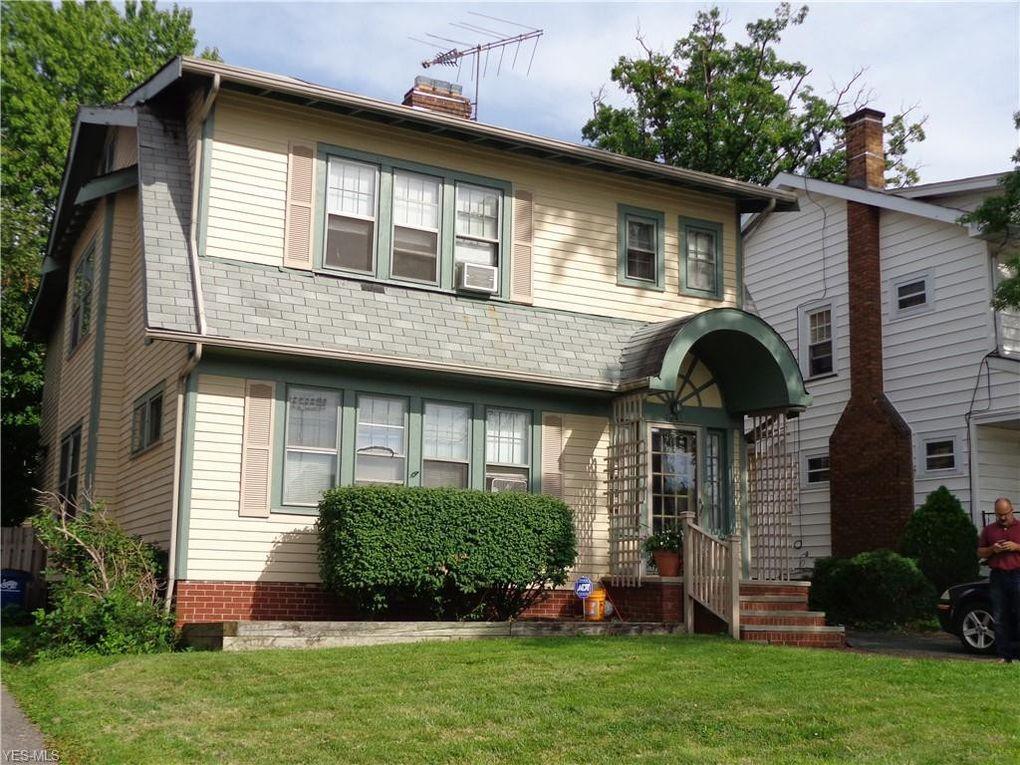 1643 Bunts Rd Lakewood, OH 44107