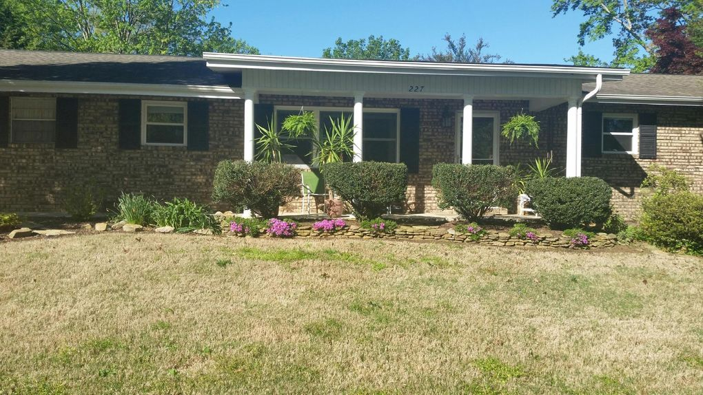 227 Chaho Rd, Knoxville, TN 37934
