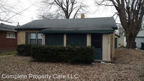 Photo of 2428 Sheffield Ave, Anderson, IN 46011
