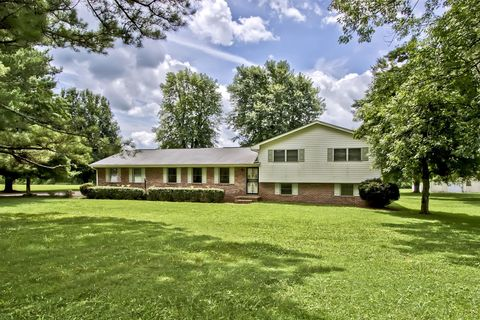 Photo of 115 County Road 433, Englewood, TN 37329