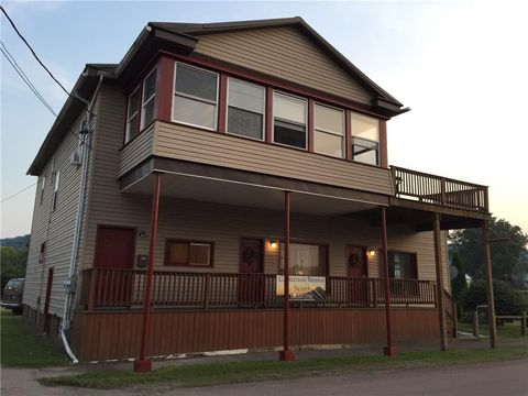 Photo of 115 Ross St Unit 1, Confluence, PA 15424