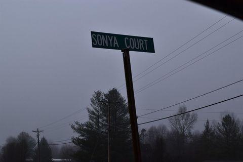 3 Sonya Ct, Williamsburg, KY 40769