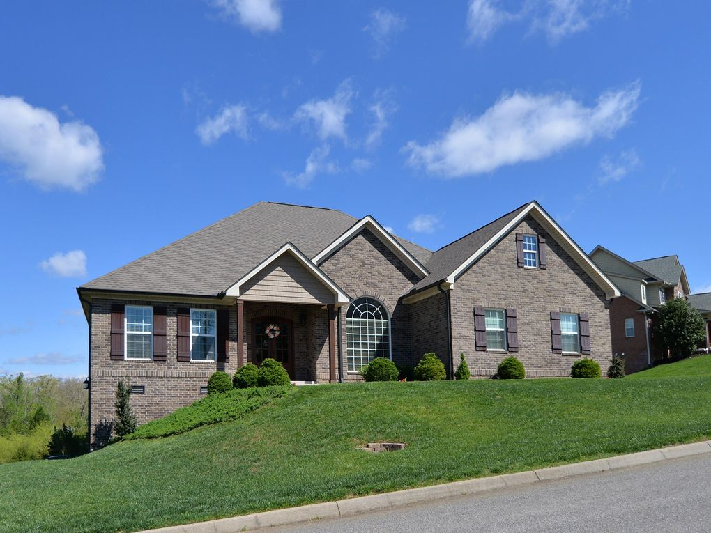 10349 Noras Path Ln, Knoxville, TN 37932