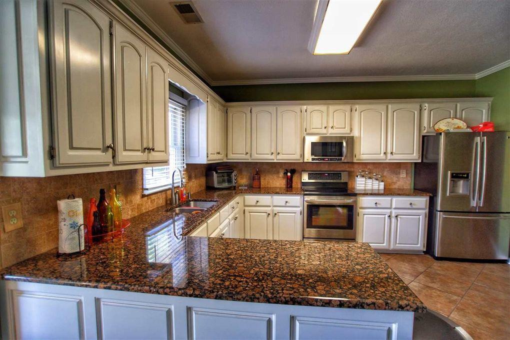 Kitchen Cabinets Jackson Tn 115 grassland dr, jackson, tn 38305 - realtor®