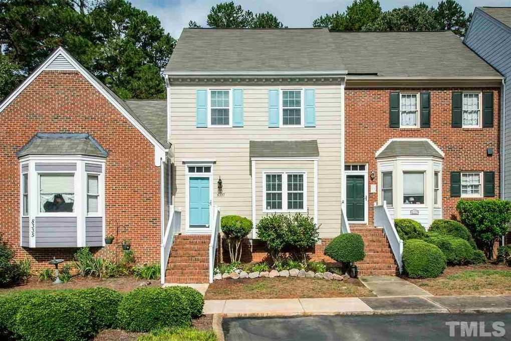 8337 Wycombe Ln, Raleigh, NC 27615