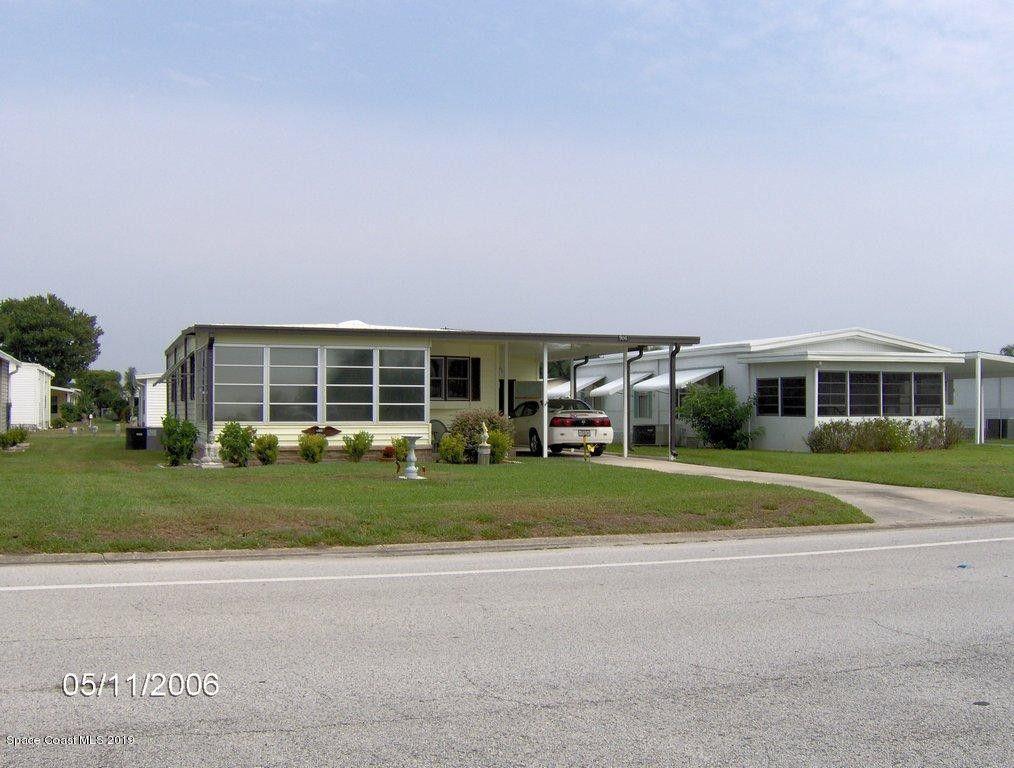906 Barefoot Blvd, Barefoot Bay, FL 32976