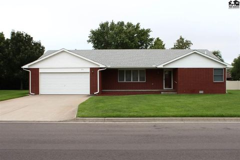 Photo of 511 Evergreen Way, Sterling, KS 67579