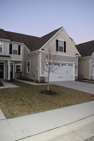 Photo of 3334 Crescent Falls Way, Maineville, OH 45039